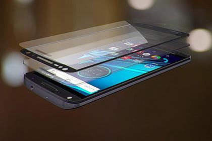 Motorola представила первый в мире смартфон с небьющимся экраном