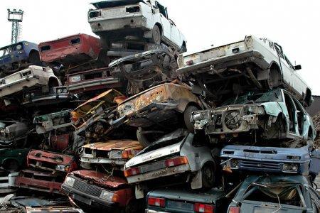 Рау опроверг слух об изъятии старых авто у казахстанцев