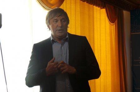 Виктор Пересада: Население Актау должно будет выплатить стоимость общедомовых приборов учета в течение 35 месяцев