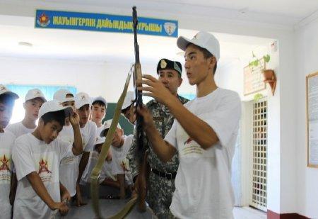 В Мангистауской области начался осенний призыв в армию