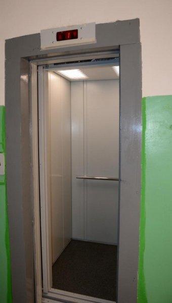 Торжественно запущенный лифт в Актау перестал работать сразу после отъезда чиновников