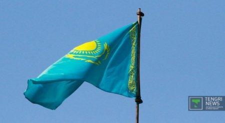 Сенаторы оскорблены отношением к госсимволам Казахстана