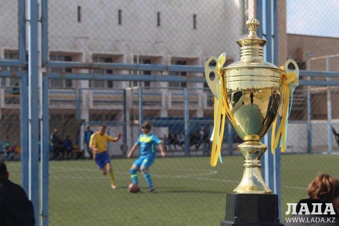 Команда Актау стала победителем чемпионата Казахстана по футболу среди ветеранов