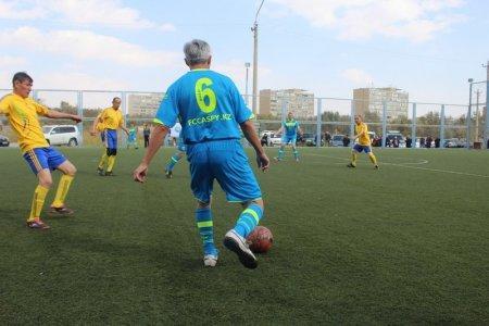 Команда «Каспий» стала победителем ветеранского турнира по мини-футболу