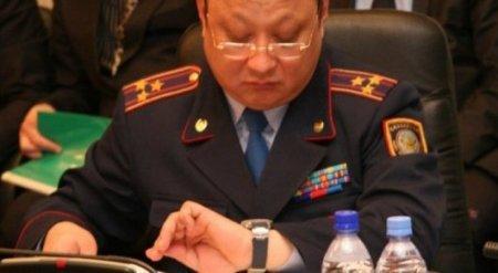 Главный полицейский Костанайской области не явился на обещанную пресс-конференцию о дорогих часах
