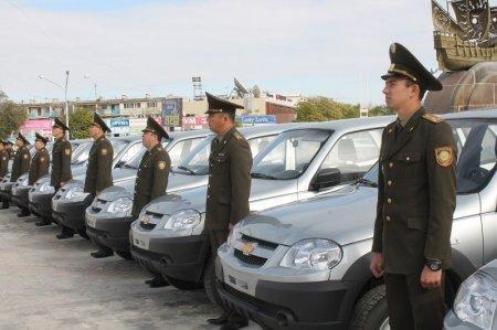 Алик Айдарбаев вручил ключи от новых автомашин сотрудникам ДЧС