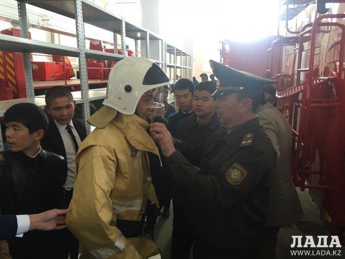 Жанаозенские пожарные провели День открытых дверей