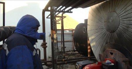 В Мангистау выявлен незаконный мини-завод по переработке нефти