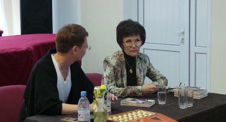 Заслуженная артистка Казахстана Тойган Изим провела мастер-класс для студентов колледжа искусств Мангистау