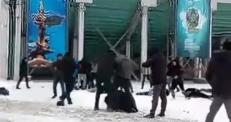 Видео массовой драки в Караганде появилось в соцсетях
