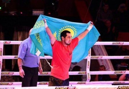 Казахстанской боксер Айдос Ербосынулы одержал вторую победу на профи-ринге