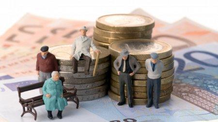 Блогер рассказал, куда пропадают пенсионные отчисления казахстанцев