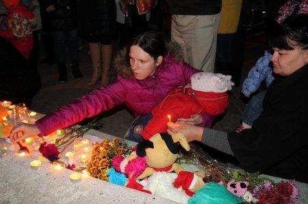 В Актау почтили память погибших в авиакатастрофе в Египте