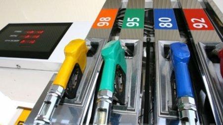 Более чем в 2 раза поднимутся акцизы на бензин с 25 ноября