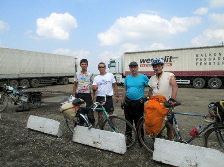 Аскар Сызбаев: Я проеду от Баку до Стамбула на велосипеде