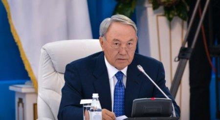 Президент Казахстана подписал закон о госслужбе