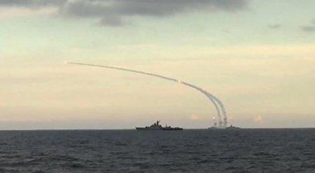 Путин: Россия и дальше будет использовать небо над Каспием для борьбы с ДАИШ