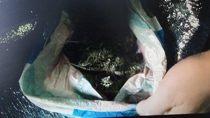 Наркополицейские совместно с бойцами спецназа задержали троих наркосбытчиков в Мангистау