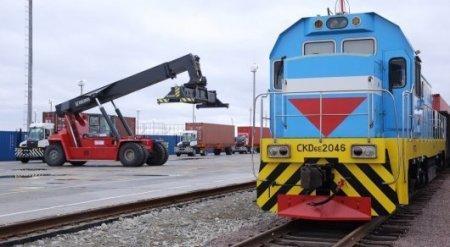 Казахстан может зарабатывать по 120 тысяч тенге с каждой транзитной фуры - Ергожин