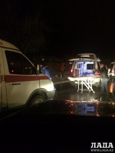Несколько человек пострадали в дорожной аварии в 1 микрорайоне Актау