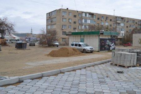 Жители 6 микрорайона Актау возмущены строительством автостоянки