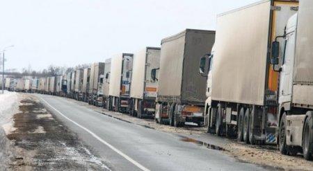 Казахстанский автоперевозчик с грузом из Турции рассказал о ситуации на российской границе