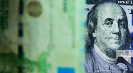 Курс доллара установил новый антирекорд в 313,99 тенге