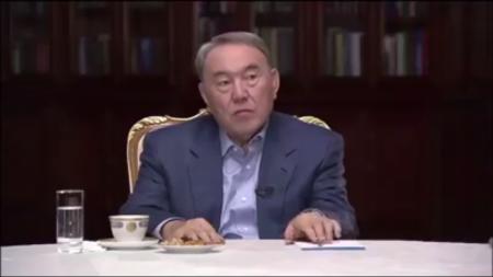 Президент Казахстана о коррупции: Хочешь подарок - купи
