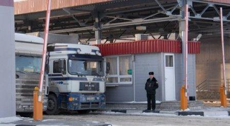 Почему казахстанские фуры задерживают на российской границе, рассказал посол РФ
