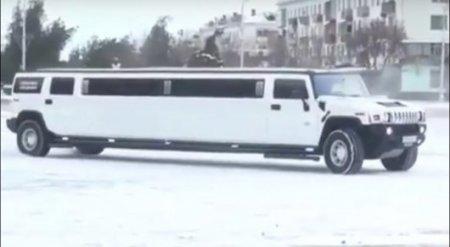 Дрифтующий свадебный лимузин сняли на видео в ЮКО