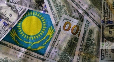 Курс доллара на KASE поставил новый антирекорд в 349,12 тенге