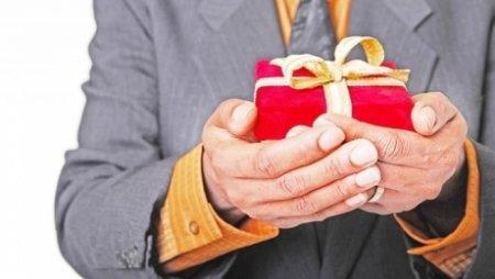 В Казахстане подарки в качестве благодарности станут «вне закона»
