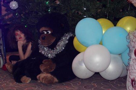 Под патронажем фонда «Адал» в Актау прошел новогодний праздник для детей из малообеспеченных семей