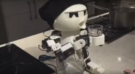 Видео с роботом-собутыльником набрало миллион просмотров в Facebook