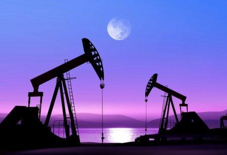 Каким будет курс тенге при падающей в цене нефти