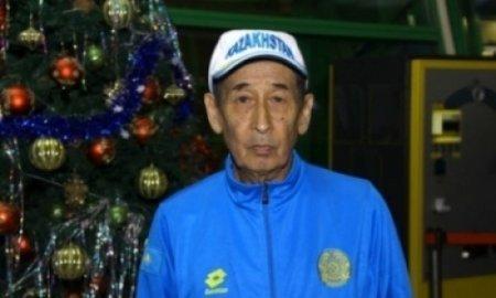 Аксакал из Казахстана готовится к международному марафону в Дубае