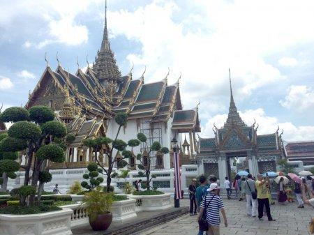 Бойся улыбающихся тайцев