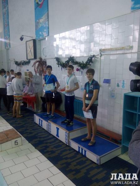 Актауский пловец Альнур Турсын завоевал серебряную медаль на турнире «Зимние каникулы» в Костанае