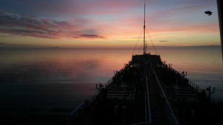 С танкера Астана. ФОТО