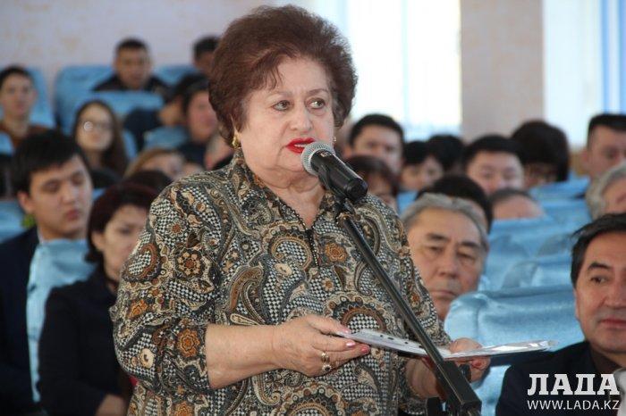 Жители Актау недовольны работой коммунальных служб и городского отдела ЖКХ