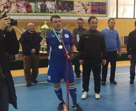 Команда «Каражанбасмунай» из Актау стала победителем международного турнира по футзалу среди ветеранов