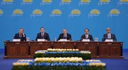 Назарбаев сходил на базары Астаны и сравнил цены на продукты