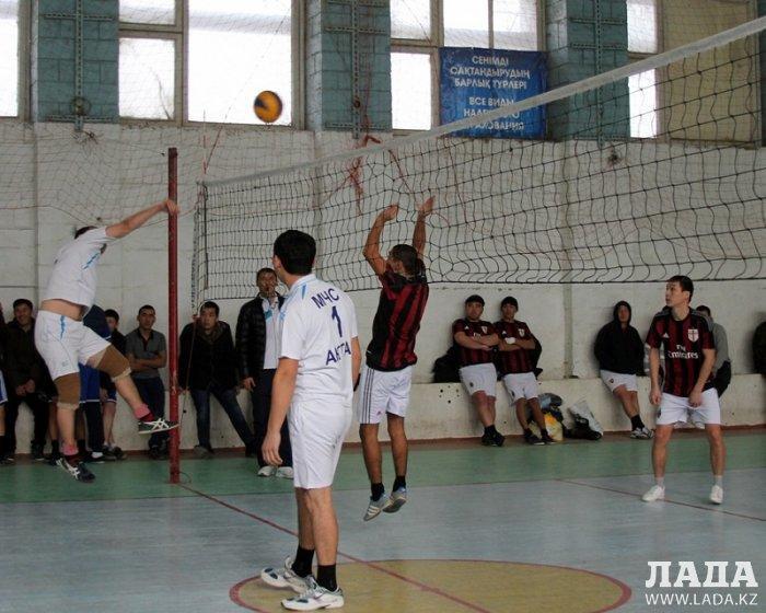 Соревнования по волейболу среди огнеборцев  прошли в Актау