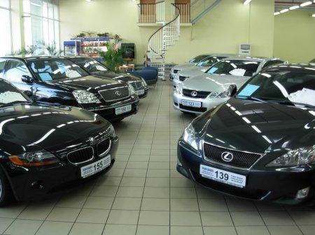 Состоятельные казахстанцы вновь проявляют интерес к покупке автомобилей в России