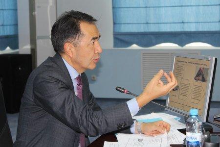 Заместитель премьер-министра РК сравнил ситуацию в морпорту Актау с адом