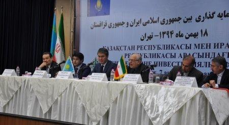 Иран пригласил Казахстан инвестировать в порты на Персидском заливе