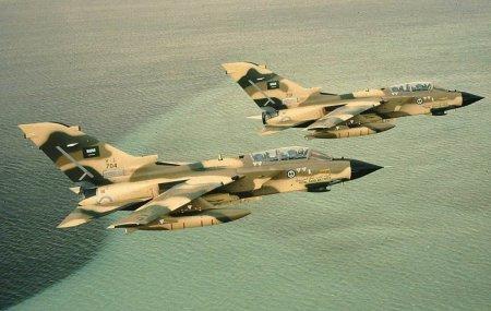 Саудовская Аравия направит самолеты в Турцию для ударов по ДАИШ