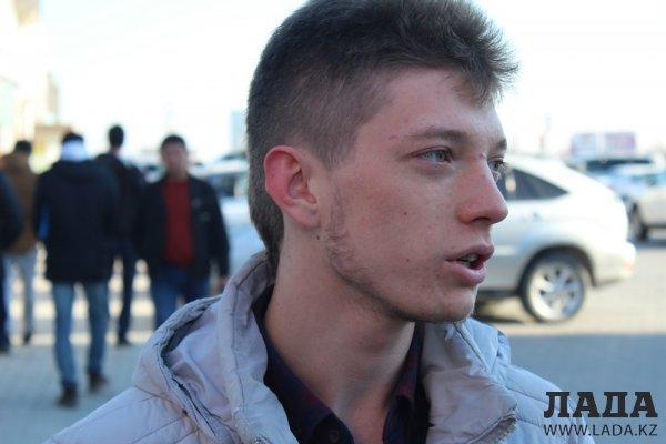 Блиц-опрос: Как относятся жители Актау к штрафам за нарушение общественного порядка?