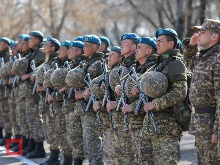 Военнослужащих Казахстана освободили от уплаты обязательных пенсионных взносов