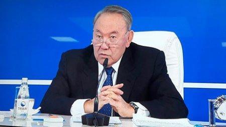 """Н.Назарбаев: Не надо """"лизать"""" дороги, на которых ездит начальство"""
